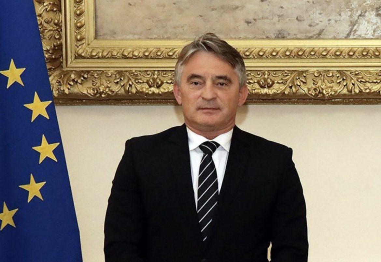 科姆西奇:如果我們想避免稅收,重要的是要表現出承認科索沃的意願