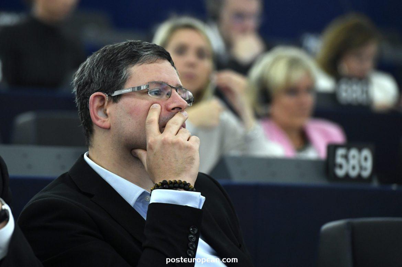 Fidesz MEP:關於歐元區的Dobrev報告不可接受