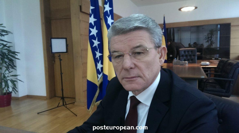 扎費羅維奇向希臘總統發送慰問電報