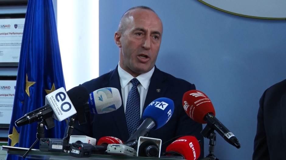科索沃政客:庫爾蒂總理是個騙子;與塞爾維亞會談的錯誤方法
